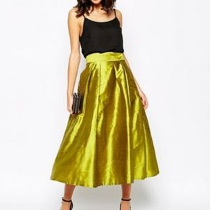 Full Skirt with Pleat Detailing
